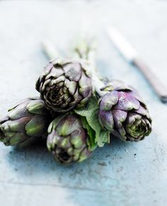Artichokes by Bernard Radvaner Food Photography Tips, Cooking Ingredients, Fresh Vegetables, Food Art, Food Food, Raw Food Recipes, Food Pictures, I Foods, Food Styling