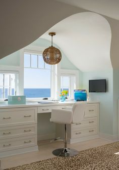 House of Turquoise: George Penniman Architects | built-in desk and amazing view!