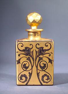 Perfume bottle for Babani circa 1920, Ambre de Delhi