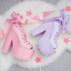 VE WANTED THESE FOR YEARS.... Even though I probably won't be able to walk in them. But still. I NEED THEM