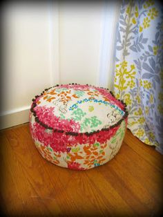 Another floor pouf DIY - can leave out the trim and zipper to make less expensive!