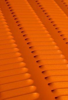 Orange - Oranje - Louvered hood on a custom hotrod. Orange Clair, Jaune Orange, Orange Zest, Orange Yellow, Burnt Orange, Orange Creamsicle, Orange Aesthetic, Rainbow Aesthetic, Orange You Glad