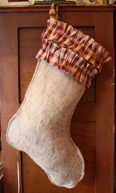 Burlap stocking with double ruffles Christmas Goodies, Christmas Holidays, Christmas Ideas, Christmas Crafts, Burlap Christmas Stockings, Burlap Stockings, Sewing Ideas, Sewing Projects, Burlap Projects