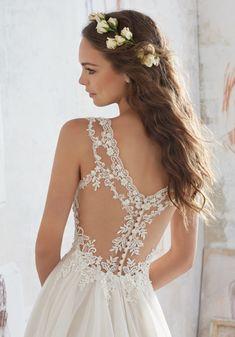 Spring 2017 Wedding Dresses, Bridal Wedding Dresses, Wedding Dress Styles, Dream Wedding Dresses, Wedding Venues, Wedding Dress Designers, Wedding Ideas, Wedding Dressses, Wedding Quotes