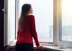 Homeplaza: Schimmelbekämpfung – Diese effektive Maßnahmen gegen schwarze Flecken an Wand, Decke und Co.