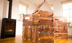 Easy hut building with Fantasy Forts #kids #toys #pretendplay