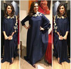 Favourite. AsMa Mujeer Pinterest asmamujeerr Asian Wedding Dress Pakistani, Pakistani Dresses, Sabyasachi Gown, Heavy Dresses, Stylish Dresses, Fashion Show Dresses, Fashion Outfits, Indian Designer Outfits, Designer Dresses