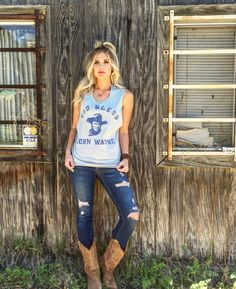 Ohhhhhh this shirt! Country Girl Style, Country Fashion, Country Outfits, Country Girls, My Style, Cowgirl Outfits, Cowgirl Style, Riding Outfits, Cowgirl Chic