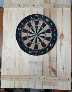 Pallet Dart Board