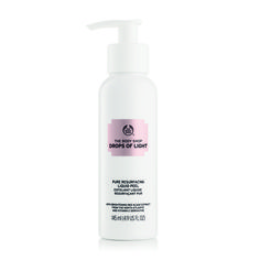 Get your shine on! Drops of Light™️ Pure Resurfacing Liquid Peel 145 ML | The Body Shop - This one is a great product :)