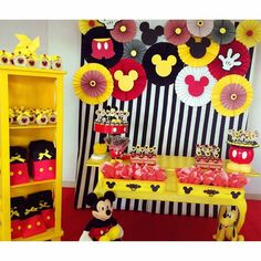 Birthday Ideas First Mickey Mouse 56 Super Ideas Mickey Mouse Birthday Decorations, Mickey 1st Birthdays, Mickey Mouse Parties, Mickey Party, Pirate Party, Mickey Mouse Backdrop, Fiesta Mickey Mouse, Mickey Mouse Baby Shower, Mickey Mouse 1st Birthday
