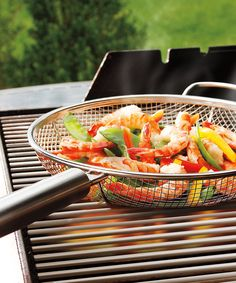 Maverick Mesh Grill Pan Set by Handy mesh basket, great for grilling veggies! Bbq Grill, Grill Pan, Barbecue, Grillin And Chillin, Good Food, Yummy Food, Grilled Veggies, Bbq Vegetables, Pan Set