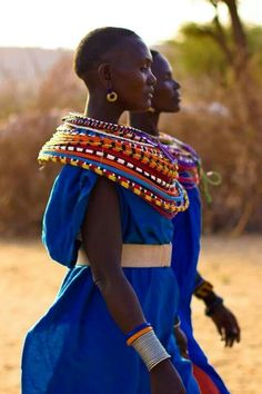 Masai Women in vivid colors
