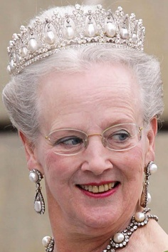 Queen Margrethe II of Denmark inherited the Pearl Poire Tiara when she became Queen Regent in 1972