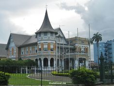 Beautiful in Port of Spain, Trinidad and Tobago Port Of Spain Trinidad, Trinidad And Tobago, Beautiful Architecture, Great View, Explore, Mansions, House Styles, World, Nature