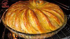 BU KADAR GÜZEL OLDUĞUNU BİLSEYDİM HEMEN HAZIRLARDIM DİYECEĞİNİZ HARİKA BİR TEPSİ POĞAÇA TARİFİ 👇👇💯😋 - YouTube Turkish Recipes, Indian Food Recipes, Real Food Recipes, Cooking Recipes, Food Platters, Food Dishes, Baked Potato Recipes, Bread And Pastries, Great Desserts