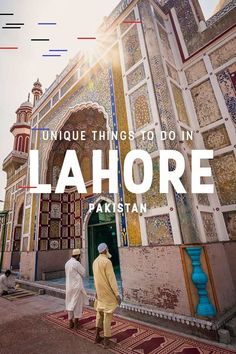 A complete list of things to do in Lahore, Pakistan - Lost with Purpose Looking for actually interesting things to do in Lahore? This guide includes all kinds of tips for unique and off the beaten track things to do in Lahore, Pakistan. Pakistan Reisen, Pakistan Travel, India Pakistan Border, Lahore Pakistan, Pakistan Holidays, Wonderful Places, Great Places, Beautiful Places, Stuff To Do
