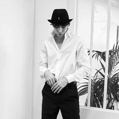 agnès b. (@agnesb_officiel) • Photos et vidéos Instagram Officiel, Forever, Poplin, Men Dress, Collection, Instagram, Fitness, Cotton, Photos