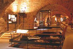 Il museo Tre Kronor è situato nelle vecchie fondamenta nel castello di Stoccolma. Troverete gli oggetti della vita quotidiana della corte di Stoccolma.