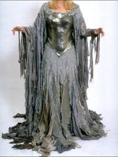 The One Ring Forums: Tolkien Topics: Movie Discussion: The Lord of the Rings: Did You Ever Notice... Galadriel's 'Under a Spell' Costume? (Arwen's daughter)