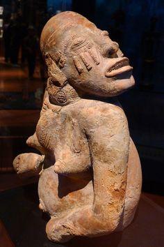Statuette féminine (Mali, région de Djenné, XIIIe-XVe s.) musée du Quai Branly (Paris, France) (by Denis Trente-Huittessan)