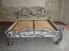 Iron Furniture, Home Decor Furniture, Rustic Furniture, Wrought Iron Beds, Steel Bed, Iron Shelf, Blacksmith Projects, Woodworking Bed, Iron Art