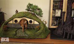 Hobbit Cat House!