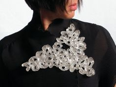 Secret Life of Jewelry - A Universe of Handcrafted Art to Wear: Eliana Arenas Jewelry