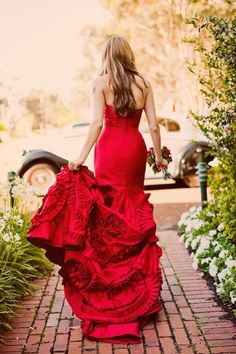 13 Glam Red Wedding Dresses to Inspire You. #weddings #dresses #red