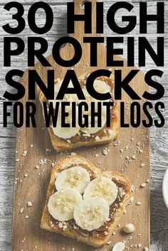 Whether youre looking for healthy low carb breakfast on the go ideas need 100 calorie snacks to help you lose weight or need easy portable snacks to eat before or after a workout weve got 30 high protein snacks that are not only delicious but that 100 Calorie Snacks, Healthy Protein Snacks, Healthy Drinks, Healthy Eating, Healthy Low Calorie Breakfast, Healthy Food, Protein For Breakfast, Healthy Filling Snacks, Breakfast On A Diet