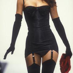 Dolce & Gabbana 1992 Aesthetic Fashion, Look Fashion, 90s Fashion, Couture Fashion, Aesthetic Clothes, Runway Fashion, High Fashion, Fashion Outfits, Womens Fashion