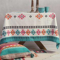 Τα όμορφα χρώματα και ο μοντέρνος σχεδιασμός του Τραπεζομάντηλου Colorful Multi της Nef-Nef θα κάνουν την τραπεζαρία σας ξεχωριστή. Καλαίσθητα πολύχρωμα σχέδια και μοναδικό στυλ που θα μαγνητίσει τα βλέμματα. Από ύφασμα τύπου half panama, 50% βαμβάκι - 50% πολυέστερ, 185 gr/m2. Social Media Awards, Kinds Of Cookies, Messenger Bag, Gym Bag, Home Decor, Panama, Colorful, Decoration Home, Room Decor