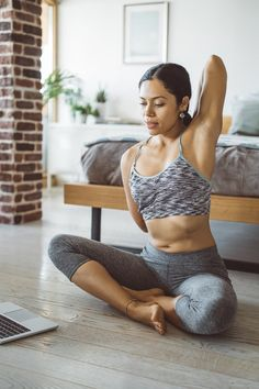 10 Quick Workouts That Will Help You Feel Calmer, Fitter, and More Confident From Home Weight Loss Journal, Weight Loss Challenge, Weight Loss Help, Weight Loss Goals, Weight Gain, Fun Workouts, At Home Workouts, Training Workouts, Workout Exercises