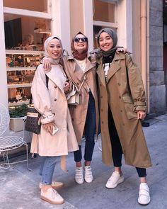 Casual winter hijab looks Modest Fashion Hijab, Modern Hijab Fashion, Casual Hijab Outfit, Hijab Fashion Inspiration, Muslim Fashion, Men Fashion, Fashion Tips, Fashion Trends, Hijab Elegante