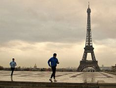 - Rainy day in Paris. When going to the conference on our right the Eiffel Tower and two joggers. no pain no gain. Great Back Workouts, World Travel Guide, Visit France, Paris City, Paris Hotels, France Travel, Travel Around The World, Family Travel, Travel Destinations