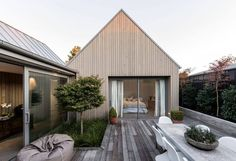 Wooden single family house located in Christchurch, New Zealand, designed by Case Ornsby Design. Wooden Cladding Exterior, Cedar Cladding, House Cladding, Street House, Modern Architecture, Interior And Exterior, Beautiful Homes, Outdoor Living, House Plans
