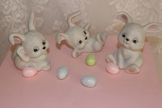 Homco White Easter Bunny Rabbits Set of 3 Figurines Vintage 1980s Home Holiday Decor by TresorsEnchantes on Etsy