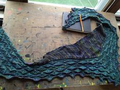 by sarahtomic  http://www.ravelry.com/patterns/library/martinmas-shawl