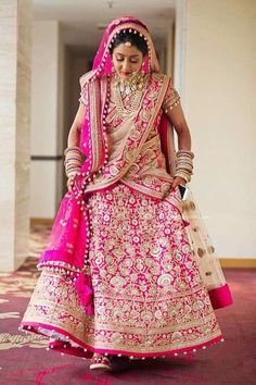 Bride With Pink Bridal Lehenga : Spotted Online Designer Bridal Lehenga, Pink Bridal Lehenga, Wedding Lehnga, Wedding Attire, Wedding Bride, India Wedding, Pink Lehenga, Wedding Mandap, Bridal Sarees