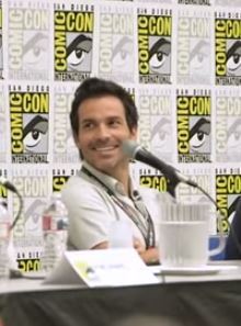 Santiago Cabrera Sizzling Hot at Comic Con | Santiago Cabrera USA