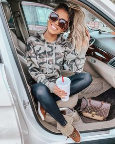 182 magnificient winter outfits ideas to wear right now page 46 Cute Comfy Outfits, Casual Fall Outfits, Fall Winter Outfits, Classy Outfits, Autumn Winter Fashion, Trendy Outfits, Legging Outfits, Camo Leggings Outfit, Camouflage Hoodie