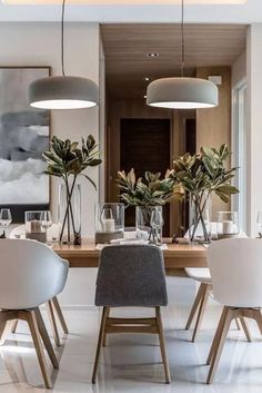 Alluring dining room wall decor ideas 01 00007 — dreamalittlemore.com