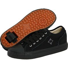 ***DOES ANYONE KNOW HOW TO GET HEELYS IN ADULT SIZES LIKE 7 OR 8 OR 9 IN MENS OR WOMENS? THANKS!!!!!!!