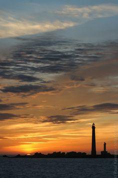 aubes et crépuscules | phare de l'Ile Vierge  - à Plouguerneau  - 07 septembre 2006   à  20H46 © Paul Kerrien  http://toilapol.net Finistère Bretagne