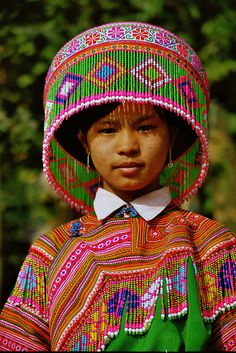Asia - Vietnam / Hmong teenage girl going to the market by RURO photography, via Flickr #etna #volcano #sicilia #sicily