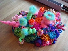 ildi: Uk crochet coral reef opening in London