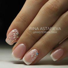 BeautyTime: Beauty Makeup, Nail, Hair, Tips & Tutorials Bridal Nails Designs, Bridal Nail Art, Wedding Nails Design, Nail Design, Nail Manicure, Gel Nails, Acrylic Nails, Cute Nails, Pretty Nails