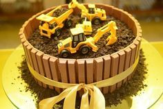 Discover recipes, home ideas, style inspiration and other ideas to try. Truck Birthday Cakes, Truck Cakes, Baby Boy Cakes, Cakes For Boys, Digger Cake, Construction Birthday Parties, Occasion Cakes, Food Cakes, Party Cakes