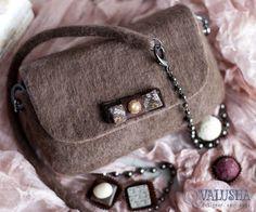 Купить Сумка валяная конфетка «ХАЛВА» - сумка через плечо, валяная сумочка, валяная сумка