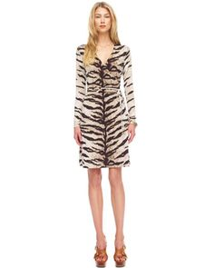 Ooooo....tiger print...nice change from the usual leopard or zebra...